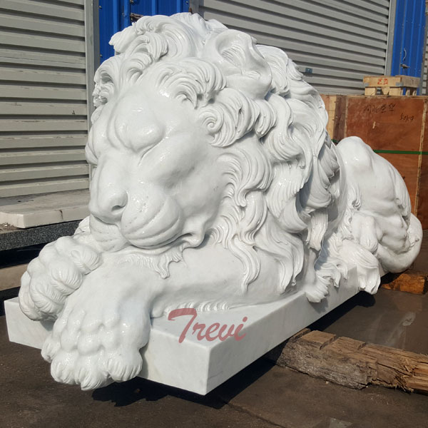 Life size white sleeping lion statue for house