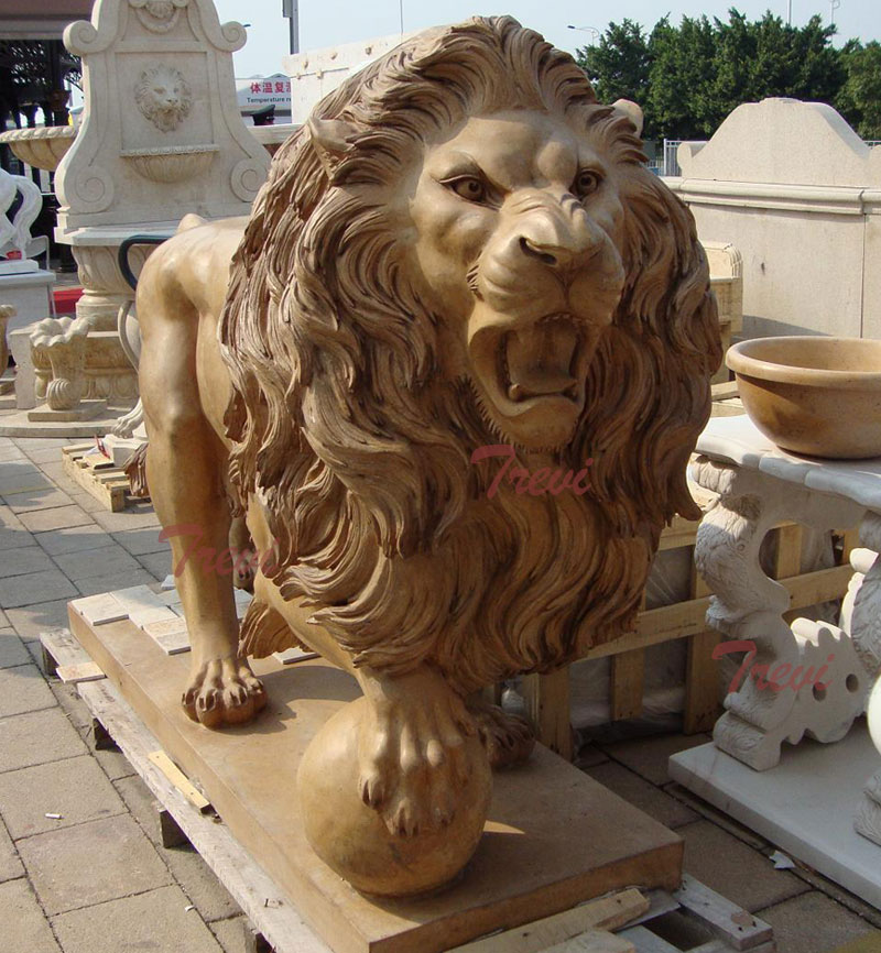 Outdoor stone garden standing beige marble lion statue for sale