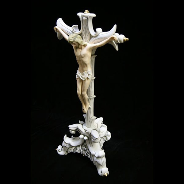 Crucifixion of jesus christ on the cross white marble statues designs for sale