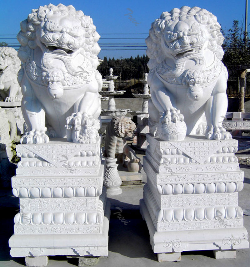 Life size feng shui foo dog pairs in front of house meaning