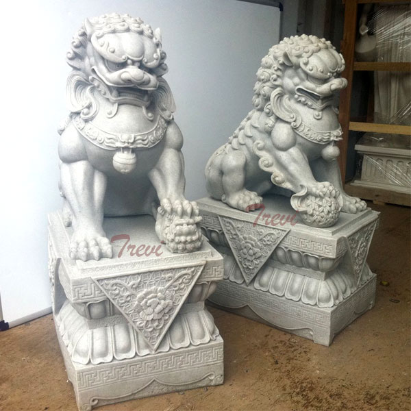 Outdoor decor guaridan fu dogs pair in front of porch sale