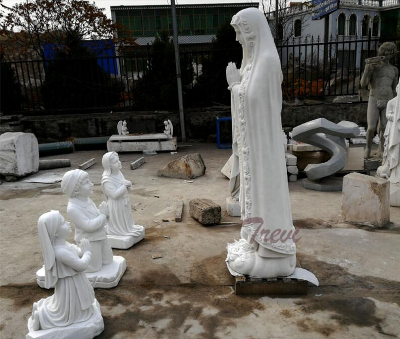 Religious marble garden statues of Fatima and three shepherd for church decoration