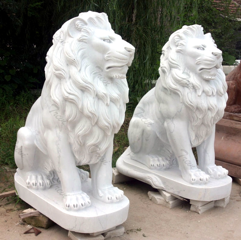 China Marble Hand Carved Lion Statue